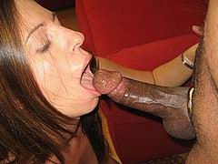 housewife-amateur-interracial02.jpg
